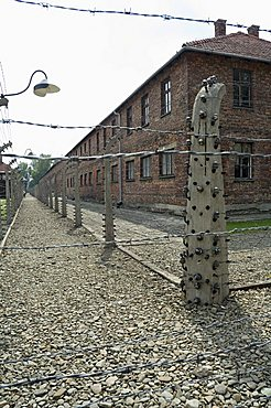 Electric fence, Auschwitz concentration camp, now a memorial and museum, UNESCO World Heritage Site, Oswiecim near Krakow (Cracow), Poland, Europe