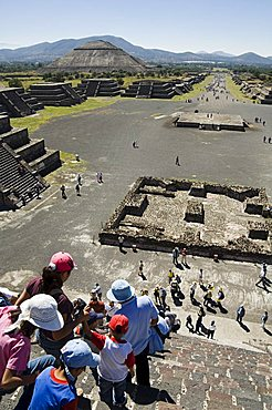 Tourists decending from the Pyramid of the Moon, Teotihuacan, 150AD to 600AD and later used by the Aztecs, UNESCO World Heritage Site, north of Mexico City, Mexico, North America