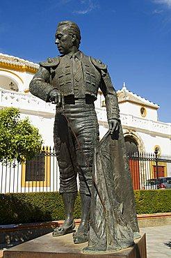Statue of Curro Romero a famous matador, Bull Ring, Plaza de Toros de la Maestranza, El Arenal district, Seville, Andalusia (Andalucia), Spain, Europe