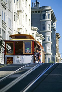 Cable car on Hyde Street, San Francisco, California, United States of America (U.S.A.), North America