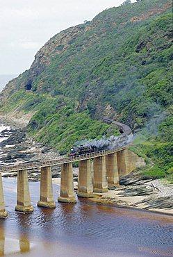 Garden Route, Outeniqua Choo-Tjoe on Kaimaans River Bridge, South Africa