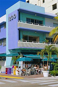 The Palace Bar, Ocean Drive, South Beach, Art Deco district, Miami Beach, Florida, USA