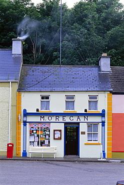 Shop, Kinvara, County Clare, Munster, Eire (Republic of Ireland), Europe