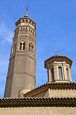 St. Pablo Church and its Mudejar Steeple, San Pablo quarter, Saragossa (Zaragoza), Aragon, Spain, Europe
