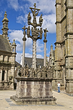 Calvary, St. Thegonnec parish enclosure dating from 1610, Leon, Finistere, Brittany, France, Europe