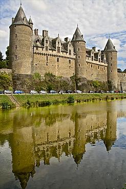Josselin Chateau castle facade, dating from the 16th century, Josselin, Morbihan, Brittany, France, Europe