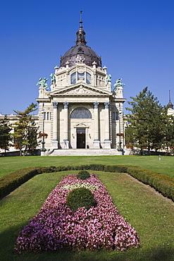 City Park and entrance to Szechenyi Baths, Budapest, Hungary, Europe