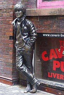 Statue of John Lennon near the original Cavern Club, Matthew Street,  Liverpool, Merseyside, England, United Kingdom, Europe