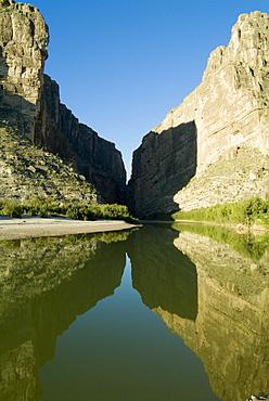 Rio Grande River, Santa Elena Canyon, Big Bend National Park, Texas, United States of America, North America
