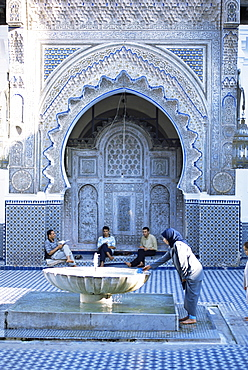 Courtyard of the Kairaouine mosque, Fes el-Bali, Medina, UNESCO World Heritage Site, Fez, Morocco, North Africa, Africa