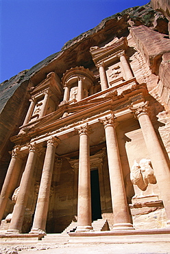 Al Khazneh, the Treasury, dating from Nabatean times, Petra, UNESCO World Heritage Site, Jordan, Middle East