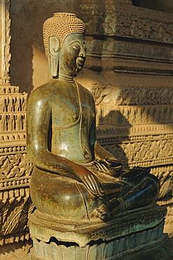 Buddha statue, Haw Pha Kaew, Vientiane, Laos, Asia