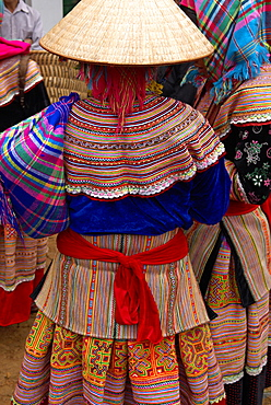 Flower Hmong ethnic group at Can Cau market, Bac Ha area, Vietnam, Indochina, Southeast Asia, Asia