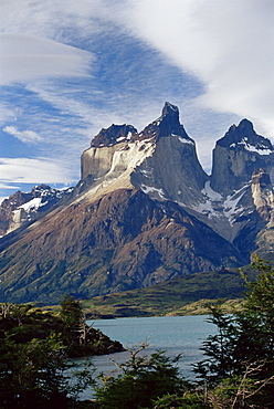 Cuernos del Paine (Horns of Paine) and Lake Pehoe, Torres del Paine National Park, Patagonia, Chile, South America