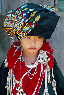 Portrait of a young girl of the Yao (Mien) ethnic group, Baan Huai Nam Yen village, Golden Triangle, northern area, Thailand, Southeast Asia, Asia