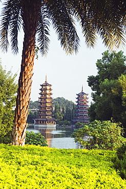 Banyan Lake Pagodas, Guilin, Guangxi Province, China, Asia