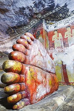 Buddha statues in Cave 1, Cave Temples, UNESCO World Heritage Site, Dambulla, North Central Province, Sri Lanka, Asia