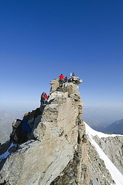 Gran Paradiso, 4061m, highest peak entirely in Italy, Gran Paradiso National Park, Aosta Valley, Italian Alps, Italy, Europe