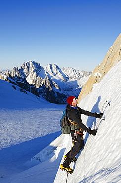 Ice climbing on Mont Blanc, Chamonix, Haute-Savoie, French Alps, France, Europe
