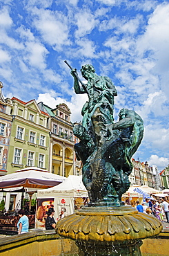 Statue of Neptune, historic Old Town, Poznan, Poland, Europe