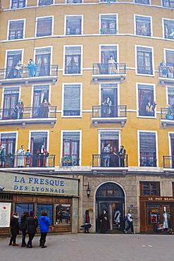 La Fresque des Lyonnais, painted wall fresco of famous Lyonnais people, Lyon, Rhone-Alpes, France, Europe