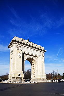 Arc de Triomph (Arch of Triumph), Bucharest, Romania, Europe