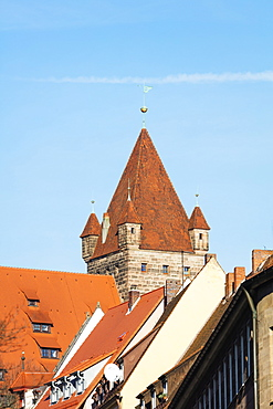 Castle tower, Nuremberg (Nurnberg), Franconia, Bavaria, Germany, Europe