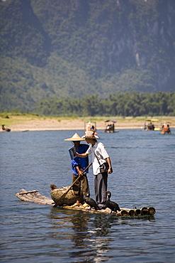 Bamboo raft tour on Li River (Lijiang), Guilin,China