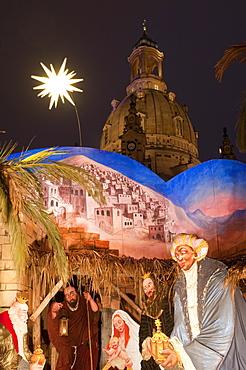 Nativity Scene at Christmas Market in front of Frauen Church at night, Neumarkt, Innere Altstadt, Dresden, Saxony, Germany, Europe