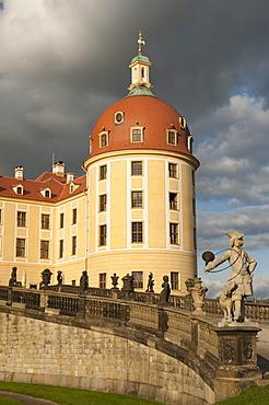 Baroque statues at Moritzburg Castle, Moritzburg, Sachsen, Germany, Europe