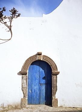 Blue door, Filicudi, Aeolian Islands (Eolian Islands (Lipari Islands), UNESCO World Heritage Site, Italy, Europe