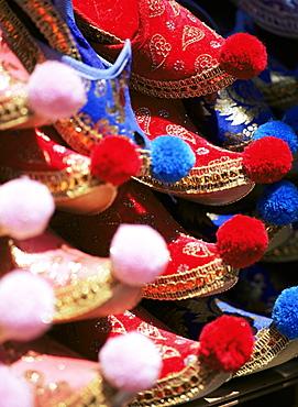 Turkish slippers, Grand Bazaar (Great Bazaar) (Kapali Carsi), Istanbul, Turkey, Europe, Eurasia