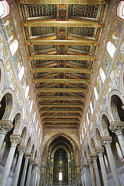 Central nave of the Cathedral, Monreale, Sicily, Italy, Europe