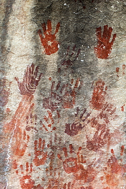 San rock art hand prints, Cederberg mountains, Western Cape, South Africa, Africa