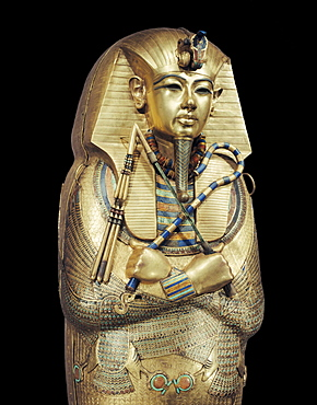 Mummiform coffin of gold with inlaid semi-precious stones and glass-paste, from the tomb of the pharoah Tutankhamun, discovered in the Valey of the Kings, Thebes, Egypt, North Africa, Africa