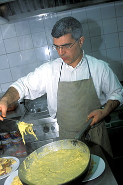 Cooking, Ai Cascinari restaurant, Palermo, Sicily, Italy