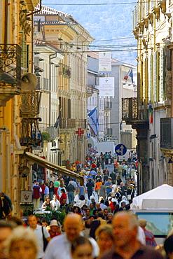 Corso Vittorio Emanuele, L'Aquila, Abruzzo, Italy
