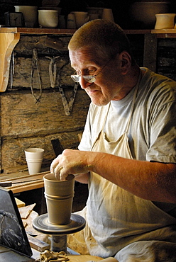 Potter shaping vase, Skansen, open air museum, Djurgården island, Stockholm, Sweden, Scandinavia, Europe