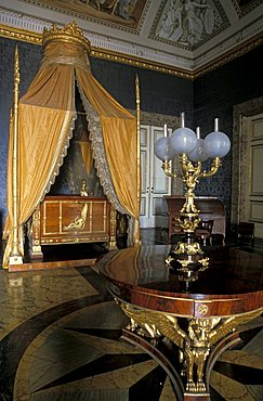 Royal bedroom, Reggia di Caserta, Caserta, Campania, Italy
