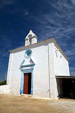 Little church, Masseria Lamacupa, Fasano, Puglia, Italy
