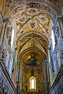Interior, Cefalù Cathedral, Sicily, Italy