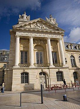 Place de la Libération, Palais des Ducs et Etats, Dijon, Bourgogne, France, Europe