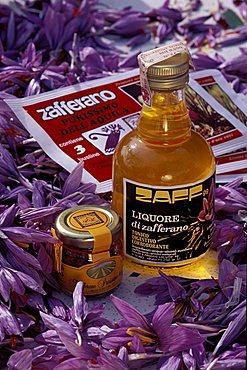 Italy, Abruzzo, Navelli, saffron products
