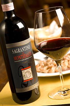 Bottles, Sagrantino di Montefalco, Montefalco, Umbria, Italy, Europe