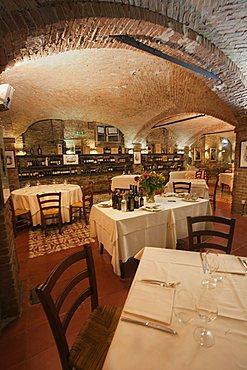 """The """"Enoteca"""" Restaurant, interior, Canelli, Asti, Piemonte, Italy, Europe"""