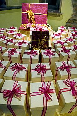 wedding keepsakes, casnigo, italy