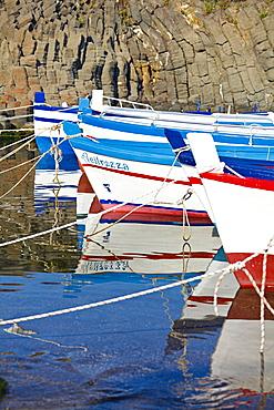 barche e basalti colonnari, Acitrezza, Acicastello, Catania, Sicily, Italy, Europe