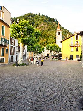 Main square and San Giorgio church, historical center, Varenna, Lake Como, Lombardy, Italy, Europe
