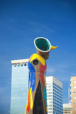 Woman and Bird, Dona i Ocell, 22 metre high sculpture by Joan Miró located in the Parc Joan Miró, Barcelona, Catalonia, Spain, Europe