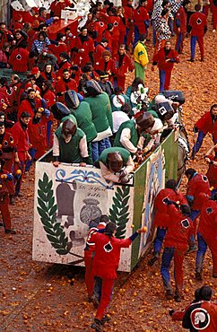 Orange battle, Traditional carnival, Ivrea, Piemonte, Italy